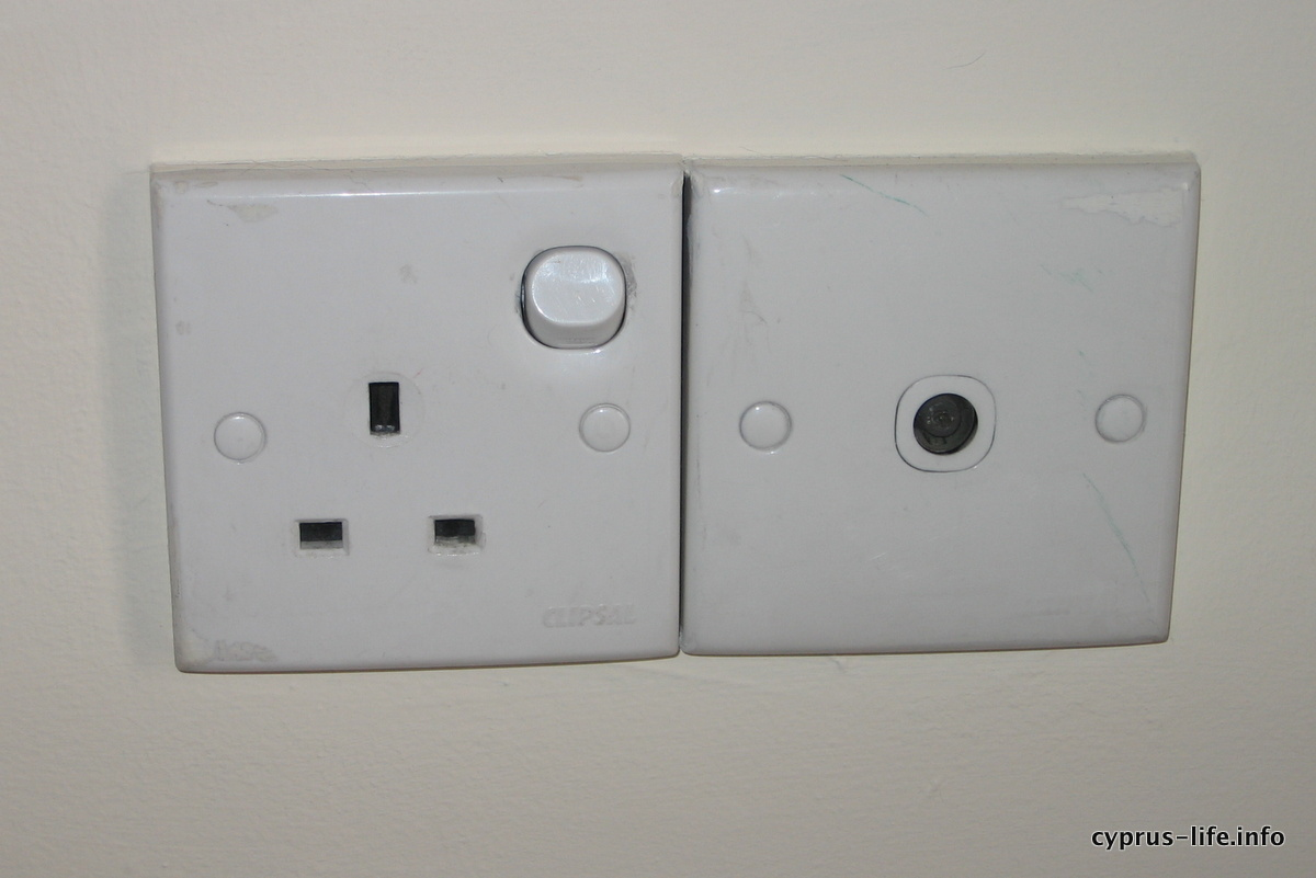 power sockets in Cyprus, UK style